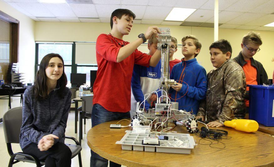 students build a robot