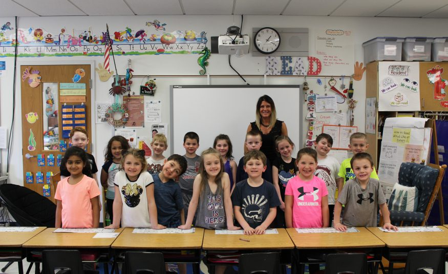 class photo of rachel hicks' first grade class