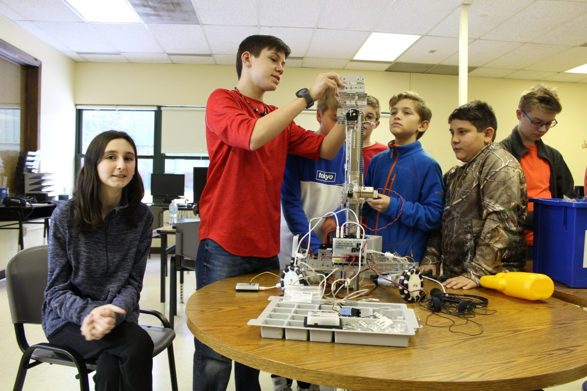 VIDEO: Brave Bots geared up for robotics competition