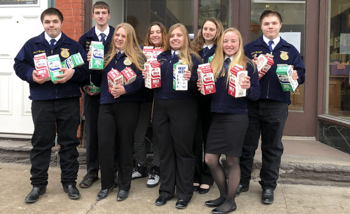 FFA students donate milk to food pantry