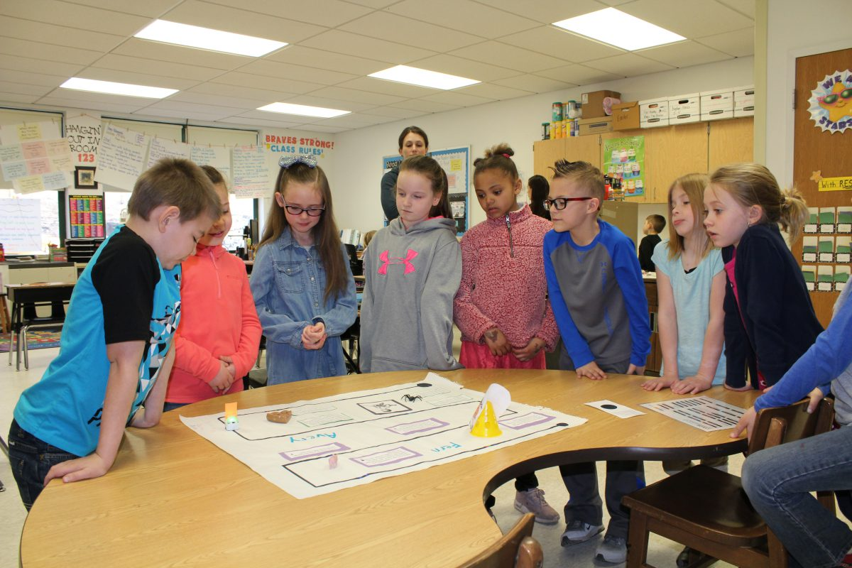 Second graders code Ozobots to share story of 'Charlotte's Web'
