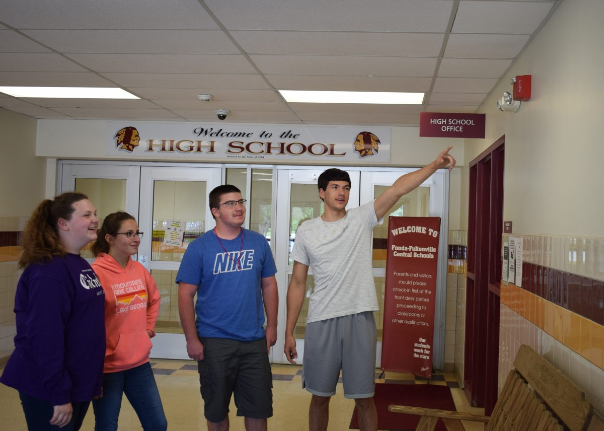 Student's aim for better first impressions at FFCS entryways